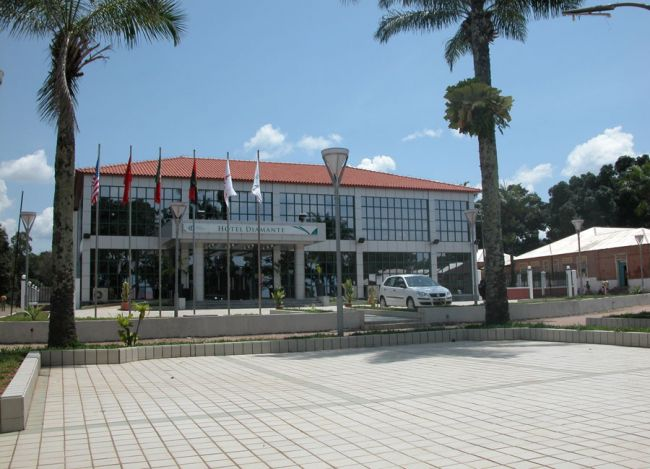 Hotel Diamante Dundo - Image 5