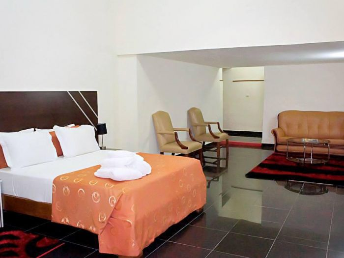 Costa Hotel - Image 5