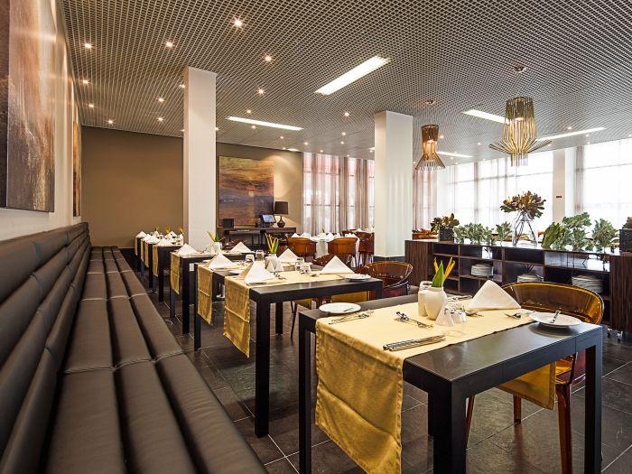 Executive Hotel Samba - Image 11