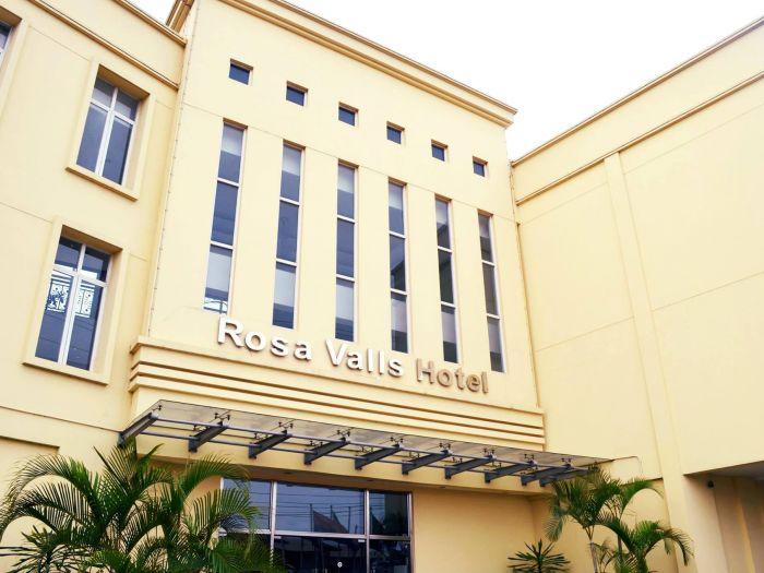 Rosa Valls Hotel - Imagem 2