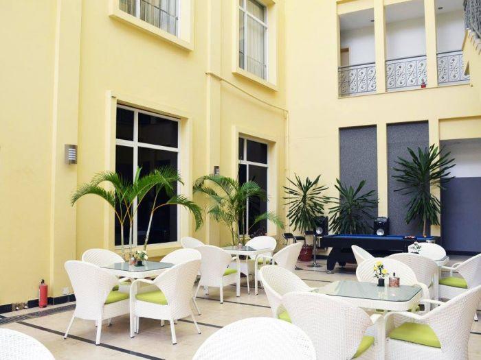 Rosa Valls Hotel - Imagem 3