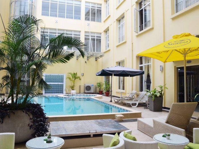 Rosa Valls Hotel - Imagem 4