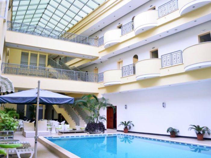 Rosa Valls Hotel - Imagem 5