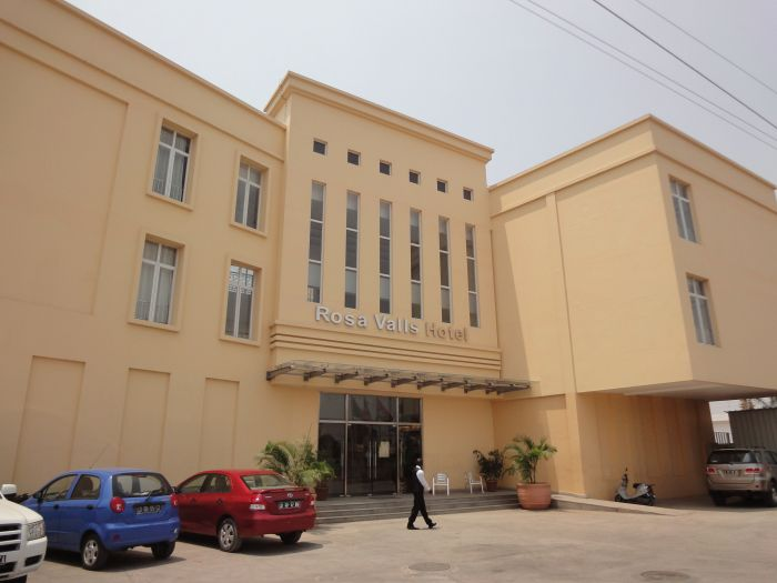 Rosa Valls Hotel - Imagem 18