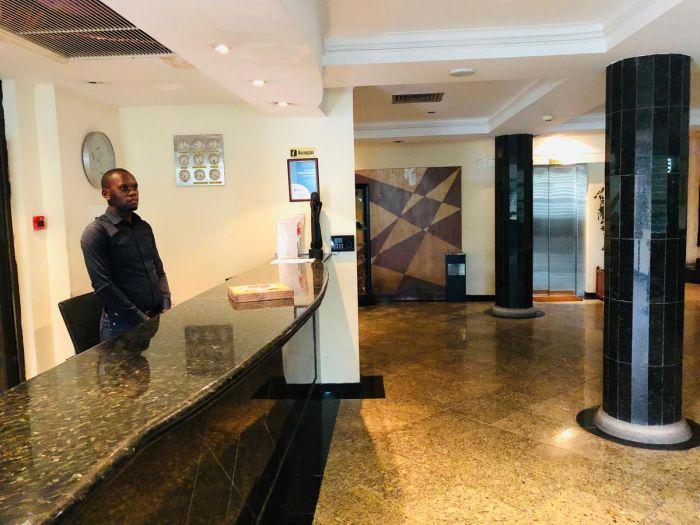 Golden Park Hotel - Image 10