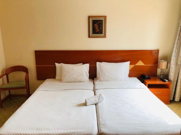 Golden Park Hotel - Image 3