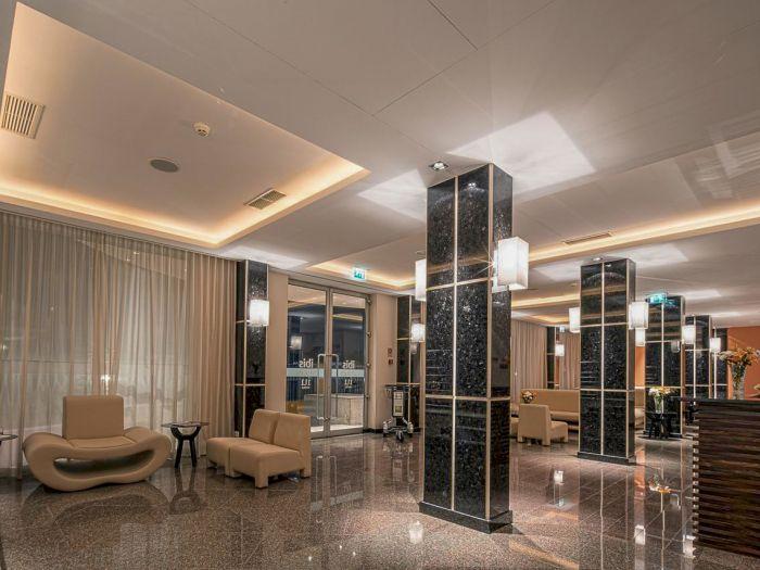Iu Hotel Dundo - Imagem 10