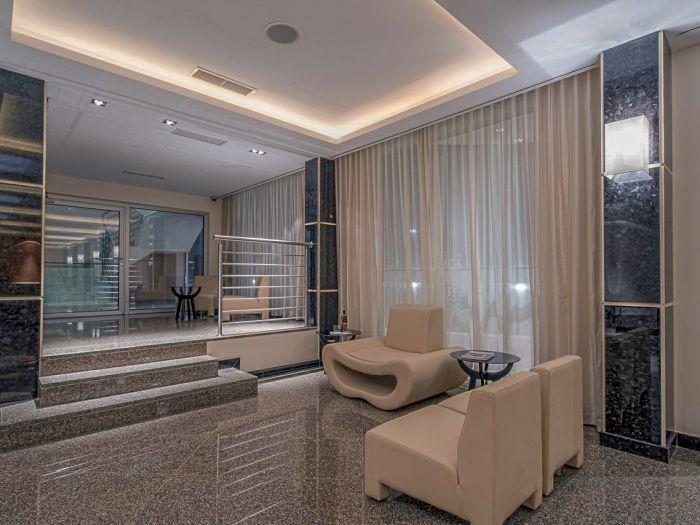 Iu Hotel Dundo - Image 11