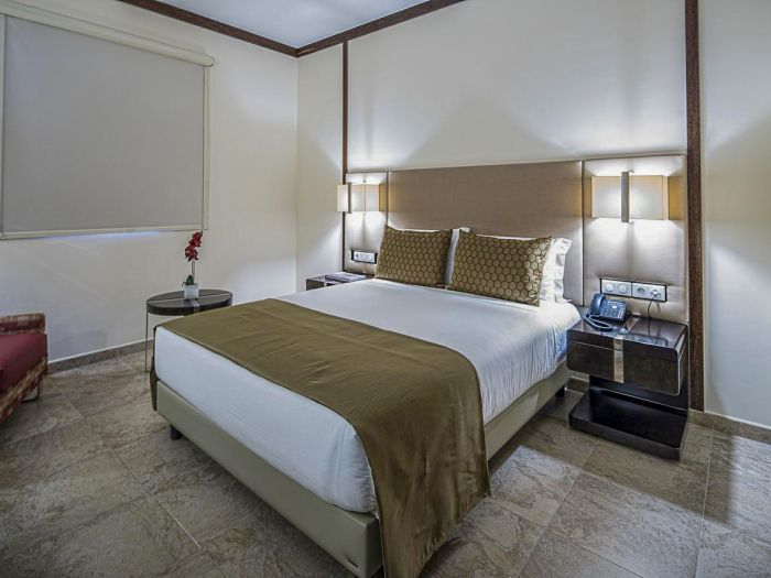 Iu Hotel Caxito - Imagem 9
