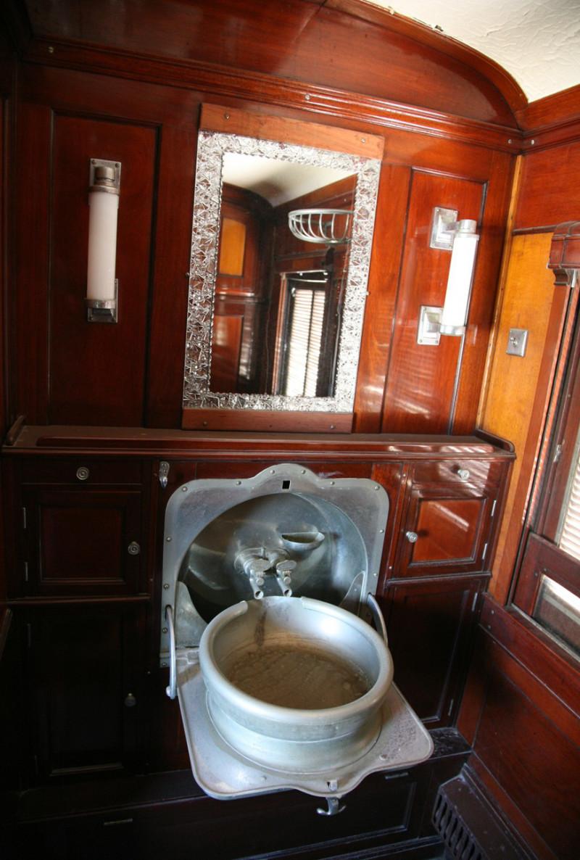 Comboio Mala – CFB - Artigo do Viajante