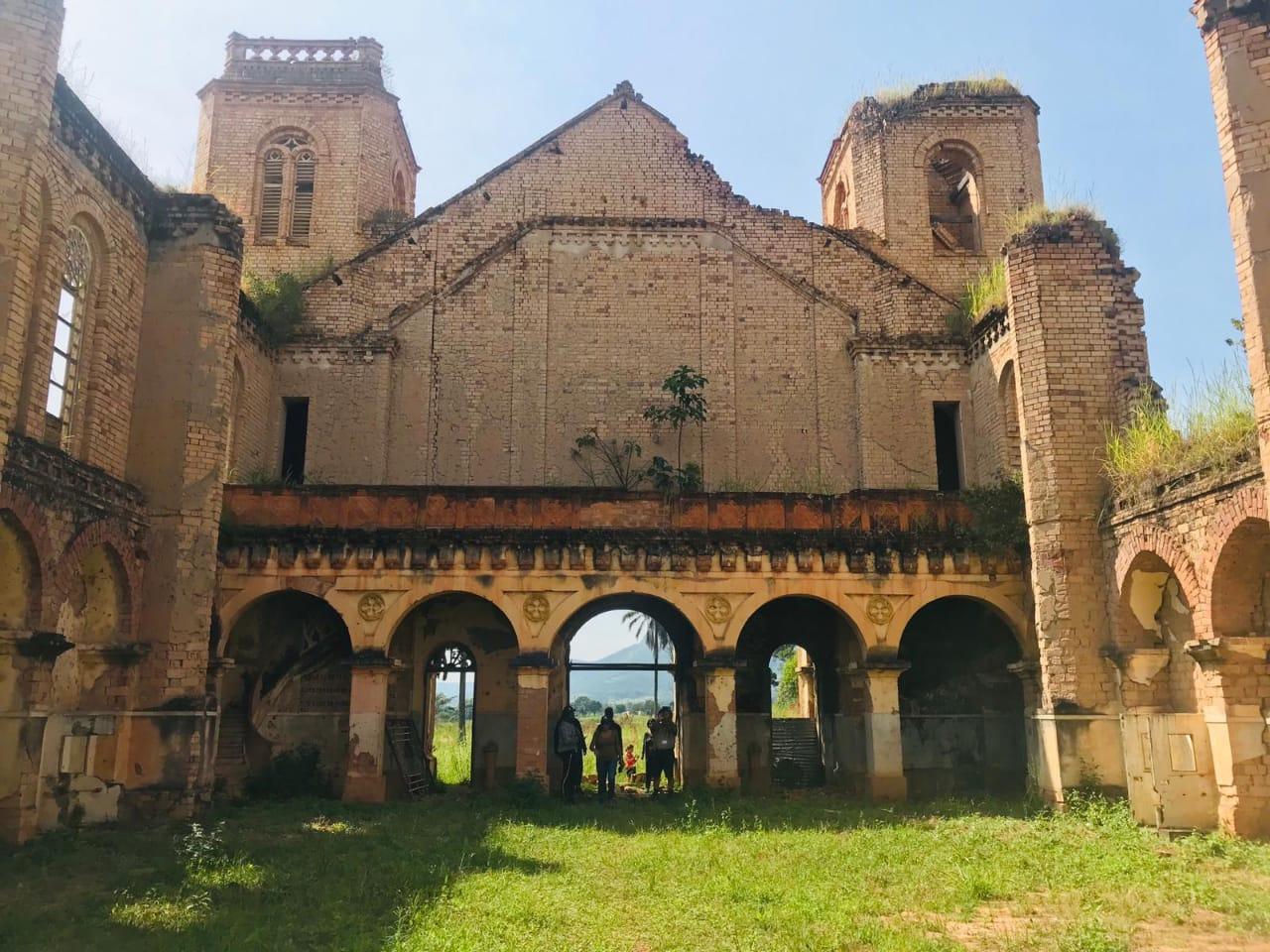 catedraldes.jose-missaodojanjo-comunadoluvemba-municipiodobailundo.jpeg
