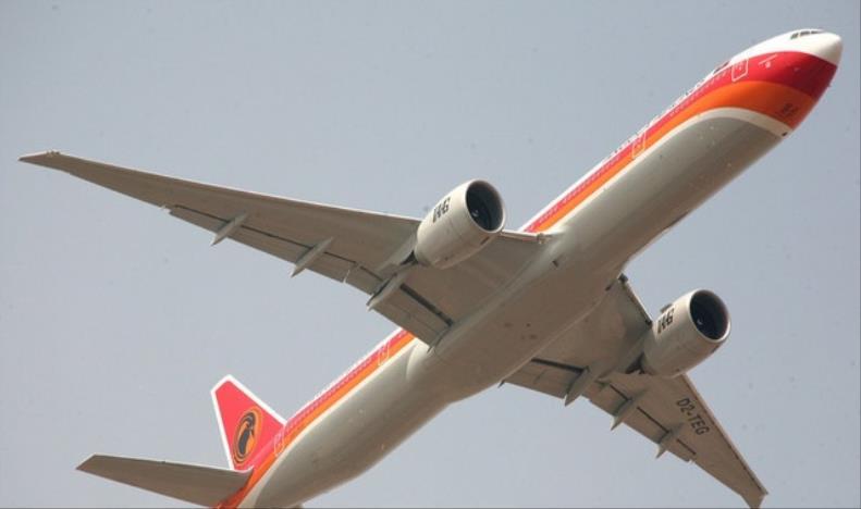Emirates assume gestão da TAAG