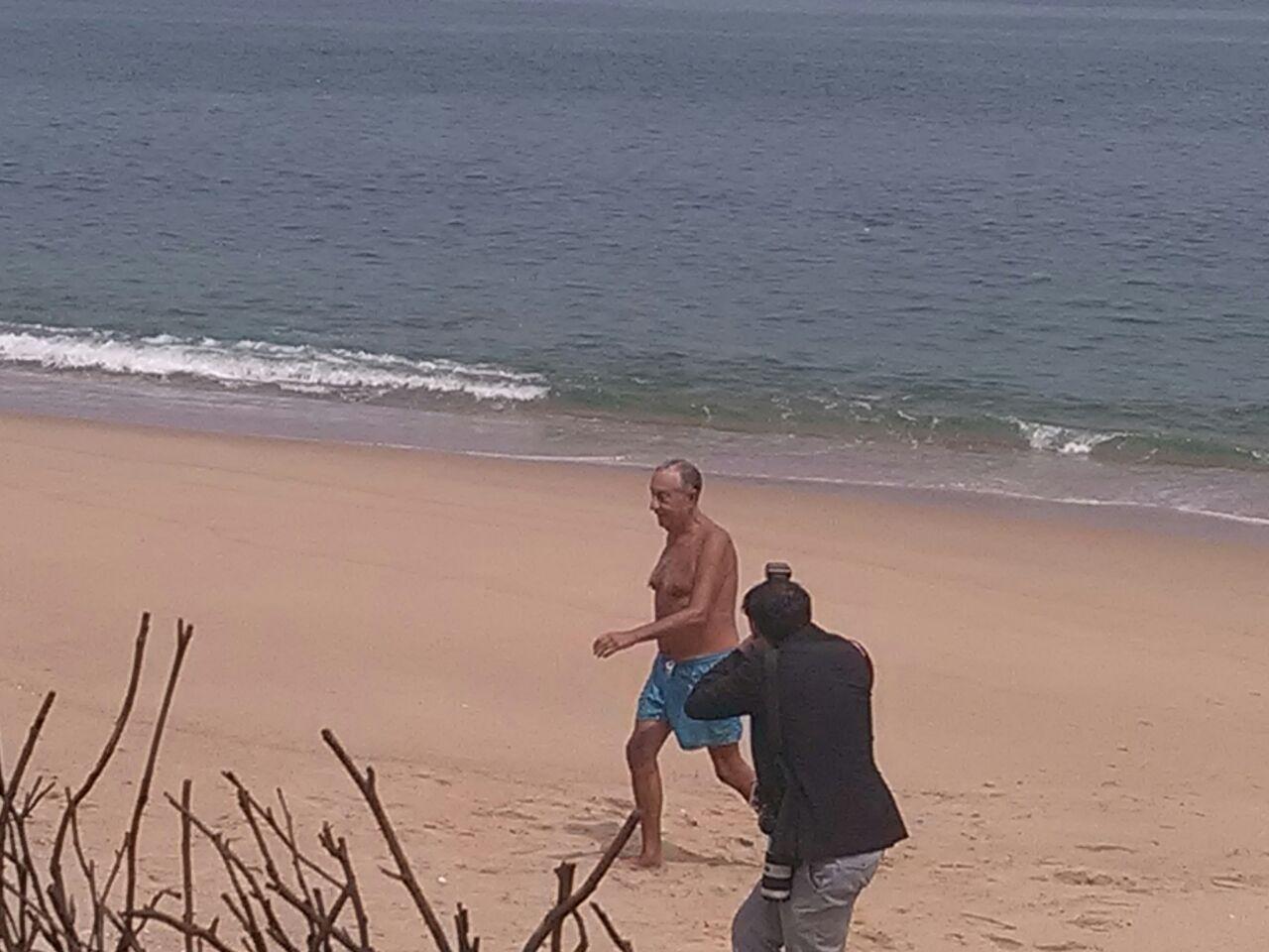 Presidente da Republica Português não resiste a um mergulho
